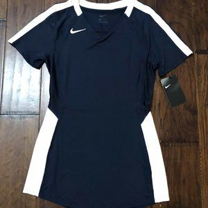 Women's Nike Volleyball Jersey NWT